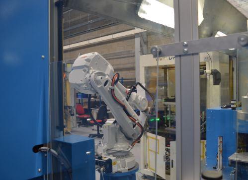 Machine de contrôle final pour de grosses pièces de fonderie pour l'automobile